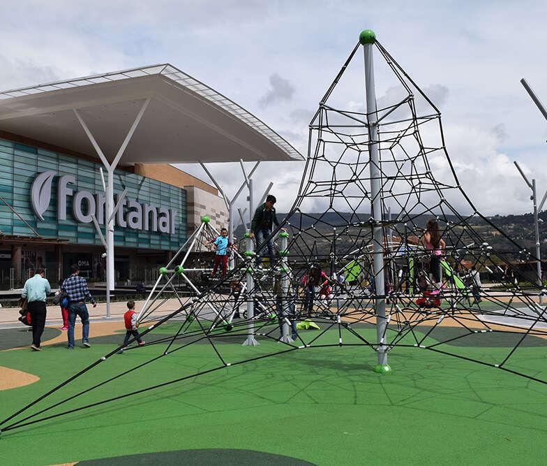 Parque infantil Centro Comercial Fontanar Bogota Colombia