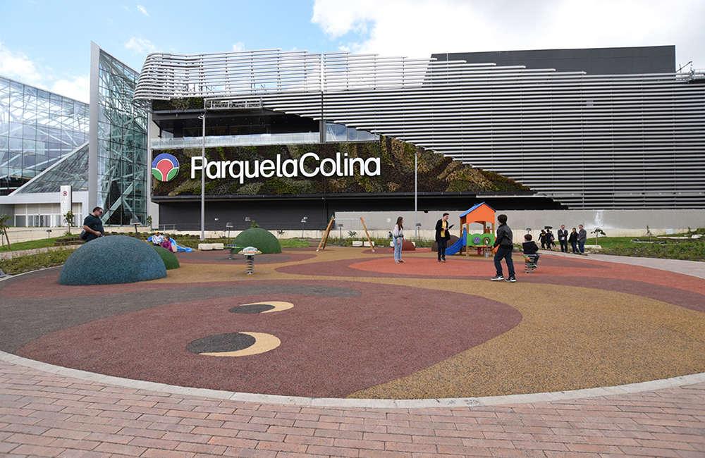 Parque infantil Centro Comercial La Colina Bogota Colombia
