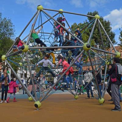 Parque infantil Parque de la 93 Bogota Colombia10
