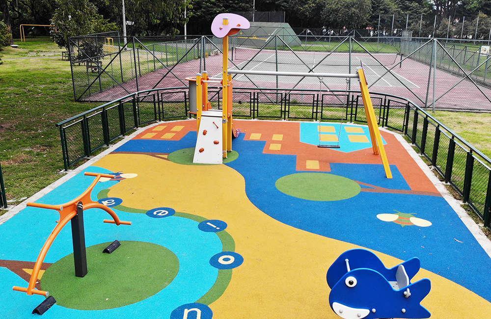 Parque-infantil-teusaquillo-esmeralda1-bogota-juegos-INFANTILES-galopin