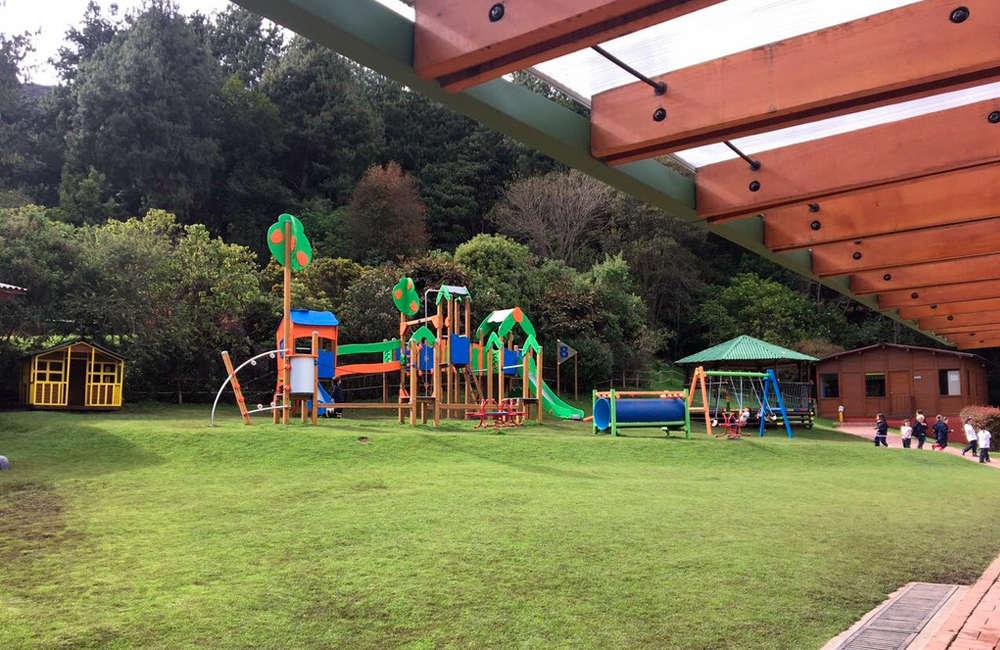 colegio-tilata-bogota-parque-infantil-juegos-galopin