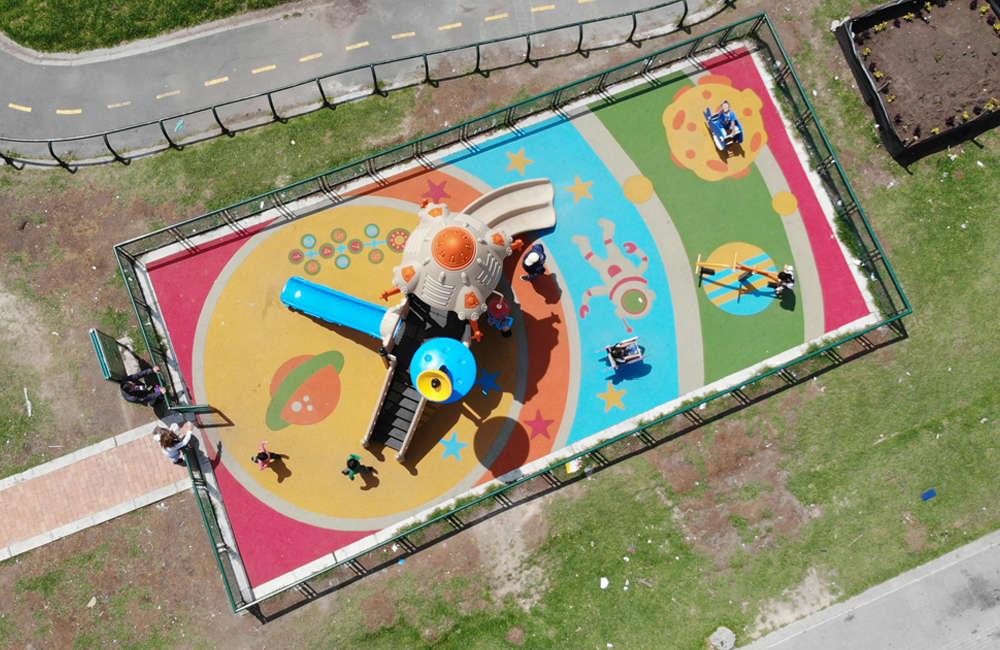 parque-infantil-bogota-bosa-juego-rotomoldeado