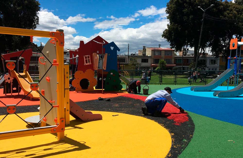 parque-infantil-ciudad-montes-juegos