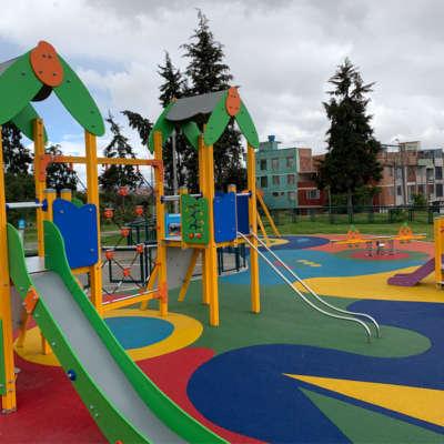 parque-infantil-kennedy-bogota-juegos-niños-C301D-piso-caucho-epdm-3
